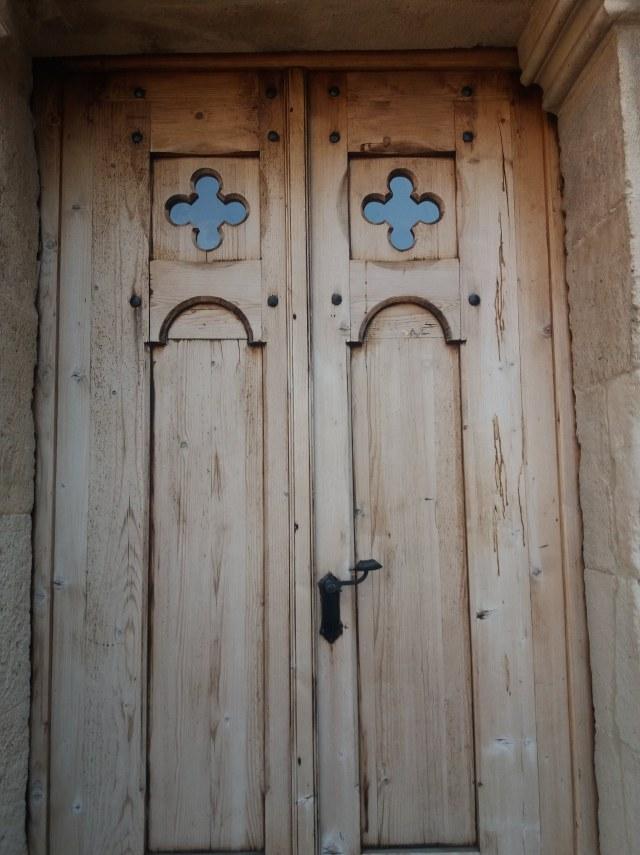 Vármúzeum Esztergom kapu a Királyi kápolnához