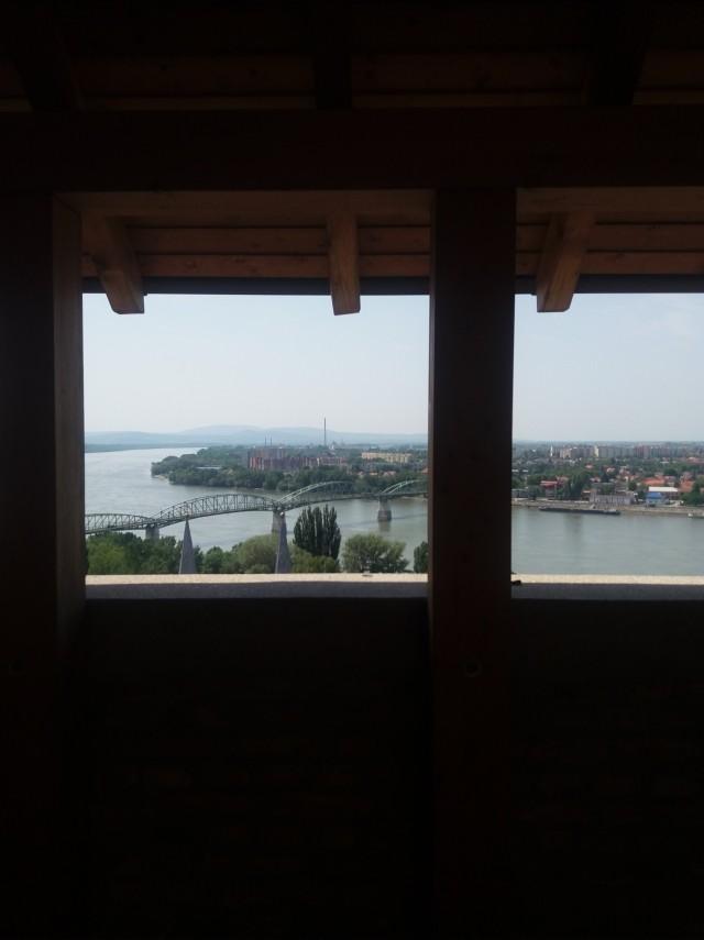 Esztergom Vármúzeum híd